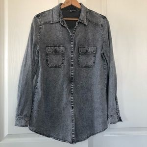 Rubbish chambray long sleeve shirt size medium